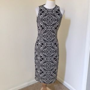 NWT! Maggy London SZ 6, black/ sand midi dress.